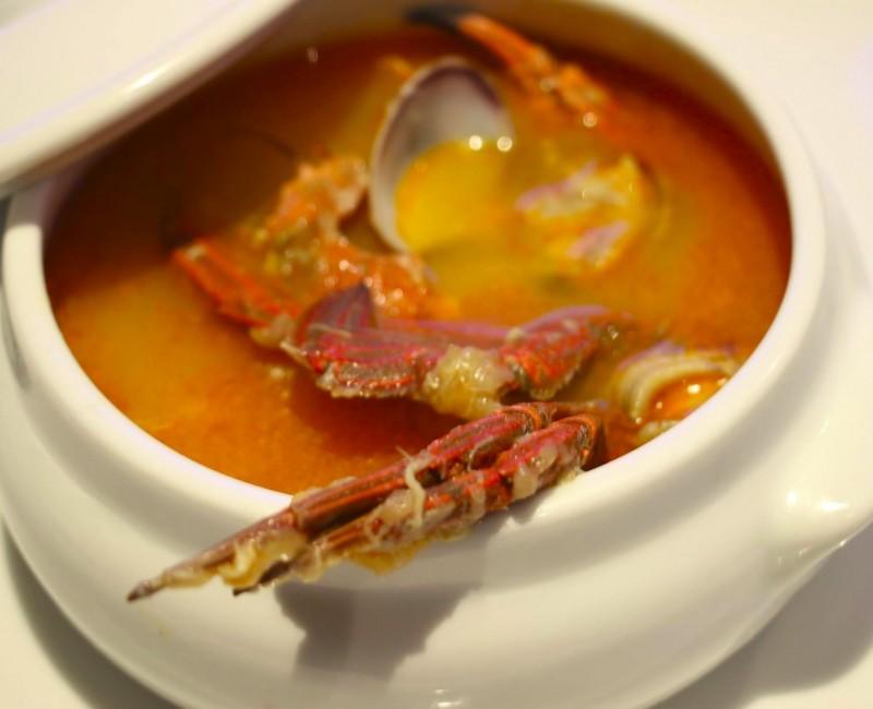 Sopa de pescados y mariscos